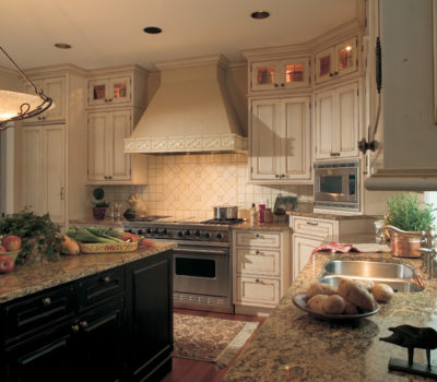 A Country Styled Kitchen Featuring Dura Supreme Cabinetry.